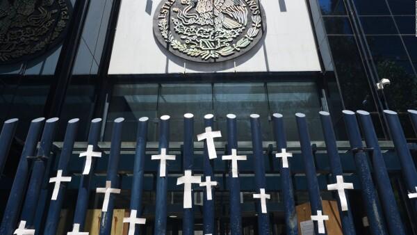 ¿Por qué se ha hecho tan fácil matar a periodistas y sacerdotes en México?