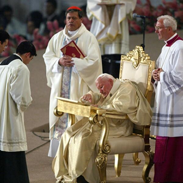 El papa vino a suelo mexicano a la canonización de Juan Diego.