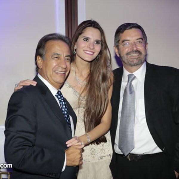 Miguel Rincón,Sandy Rincón,Juan Ramón de la Fuente
