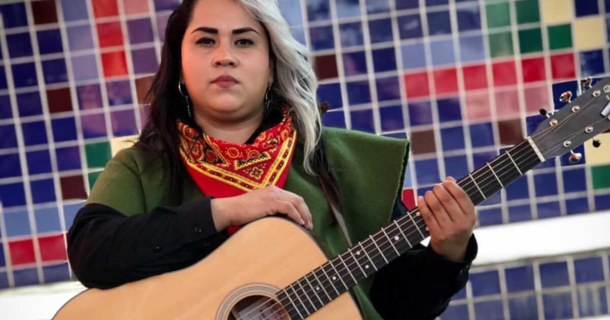 Vivir Quintana, la mujer que canta sin miedo y contra la violencia de género