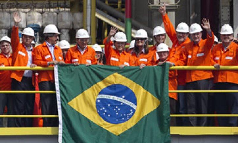 La ley brasileña prohíbe el cierre total de las operaciones más delicadas de la compañía. (Foto: AP)