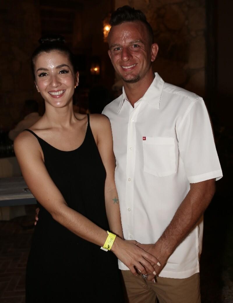 Eréndira Ibarra disfrutó junto a su esposo la velada en un lujoso hotel de Cabo San Lucas.