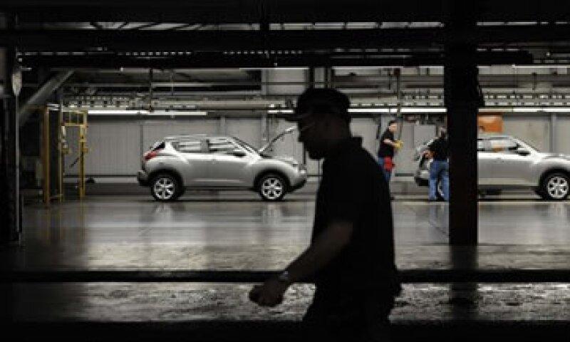Nissan tiene actualmente la capacidad de fabricar poco más de 700,000 vehículos año en sus dos plantas en México. (Foto: Reuters)