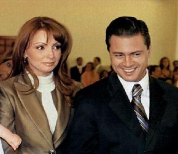 Angelica Rivera y Enrique Peña Nieto en el bautizo del hijo de un amigo del gobernador.