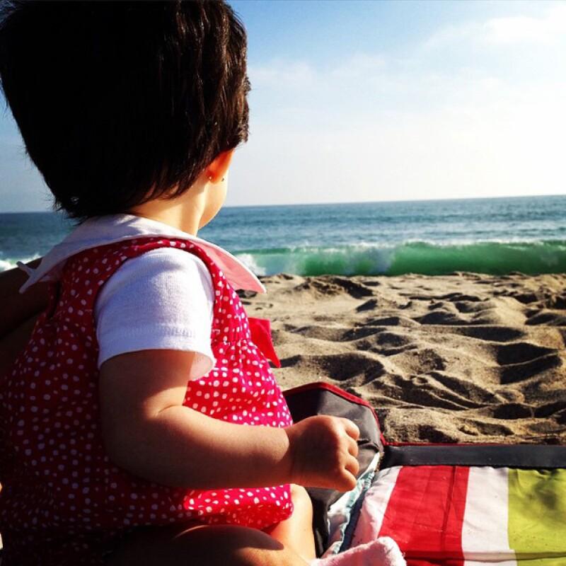 Son especiales las ocasiones en que Alessandra Rosaldo publica fotos de su hija.