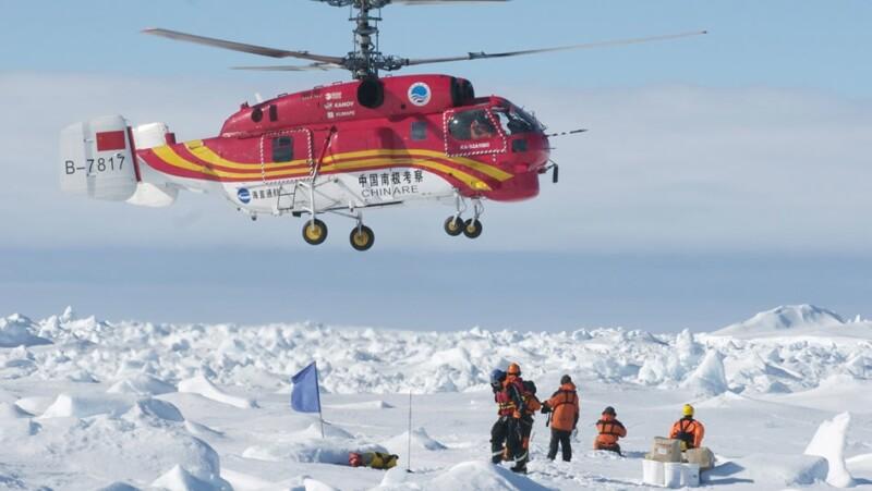 xue long. antartica, hielo, rescate, barco, varado, tripulantes, helicoptero, china
