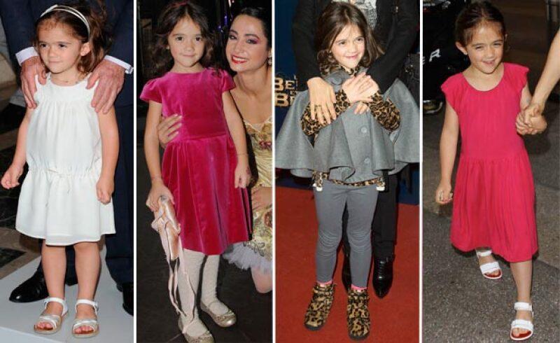 A diferencia de otros hijos de famosos, la hija de la mexicana tiene estilo muy tradicional: los colores, los vestidos y la comodidad son claves en sus looks.