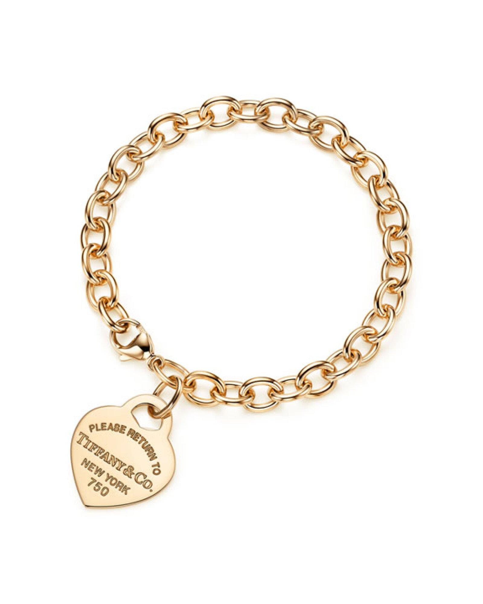 Para el diario necesitará un acento clásico como la pulsera de eslabones de oro de Tiffany & Co.