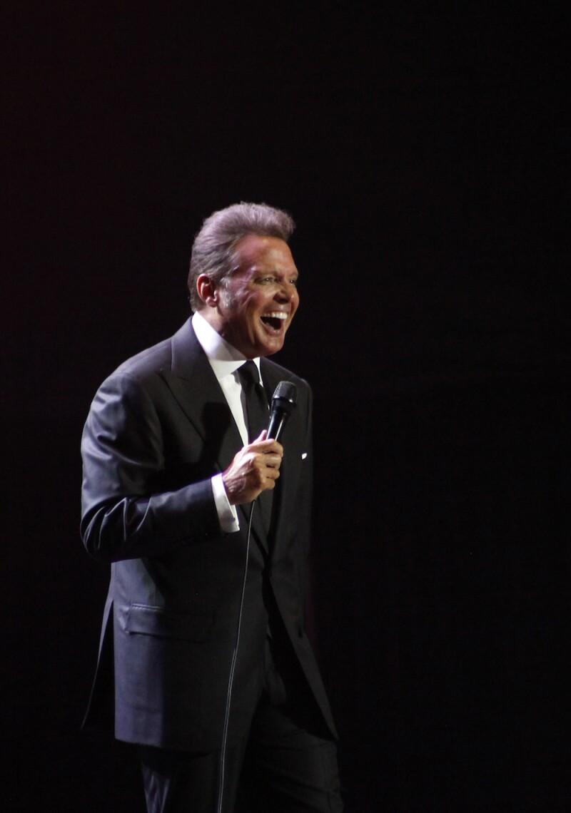 Luis Miguel Live Concert in El Salvador
