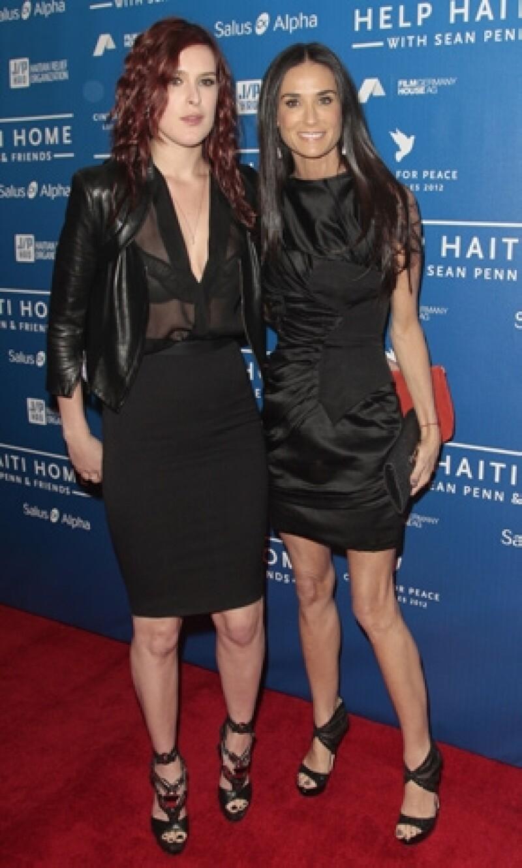 Rumer, Scout y Tallulah han pedido consejos a la hija de Courtney Love pues ella también tuvo problemas por la adicción de su mamá.
