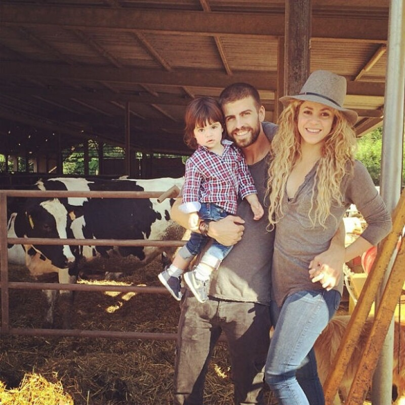 Shakira sorprendió con la inteligencia de su hijo al publicar un video en su cuenta de Twitter en donde su primogénito identifica claramente algunas palabras.