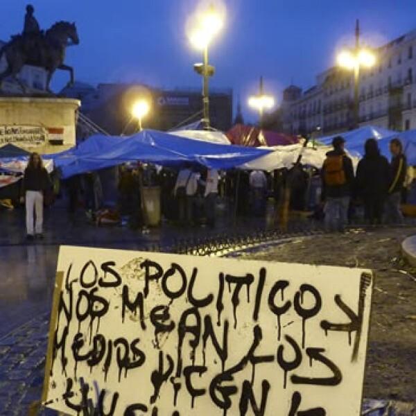 España - protestas - campamento