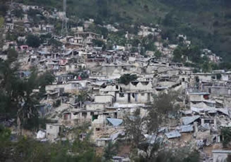 Haití requiere ayuda humanitaria tras el terremoto de 7.0 grados Richter que lo devastó en martes. (Foto: Reuters)