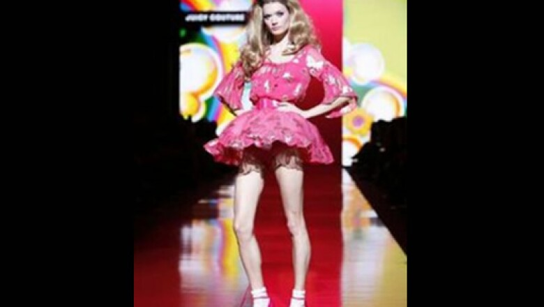 Entre todos los estilos, este vestido lució con mayor avidez, acaparando las miradas de los asistentes.