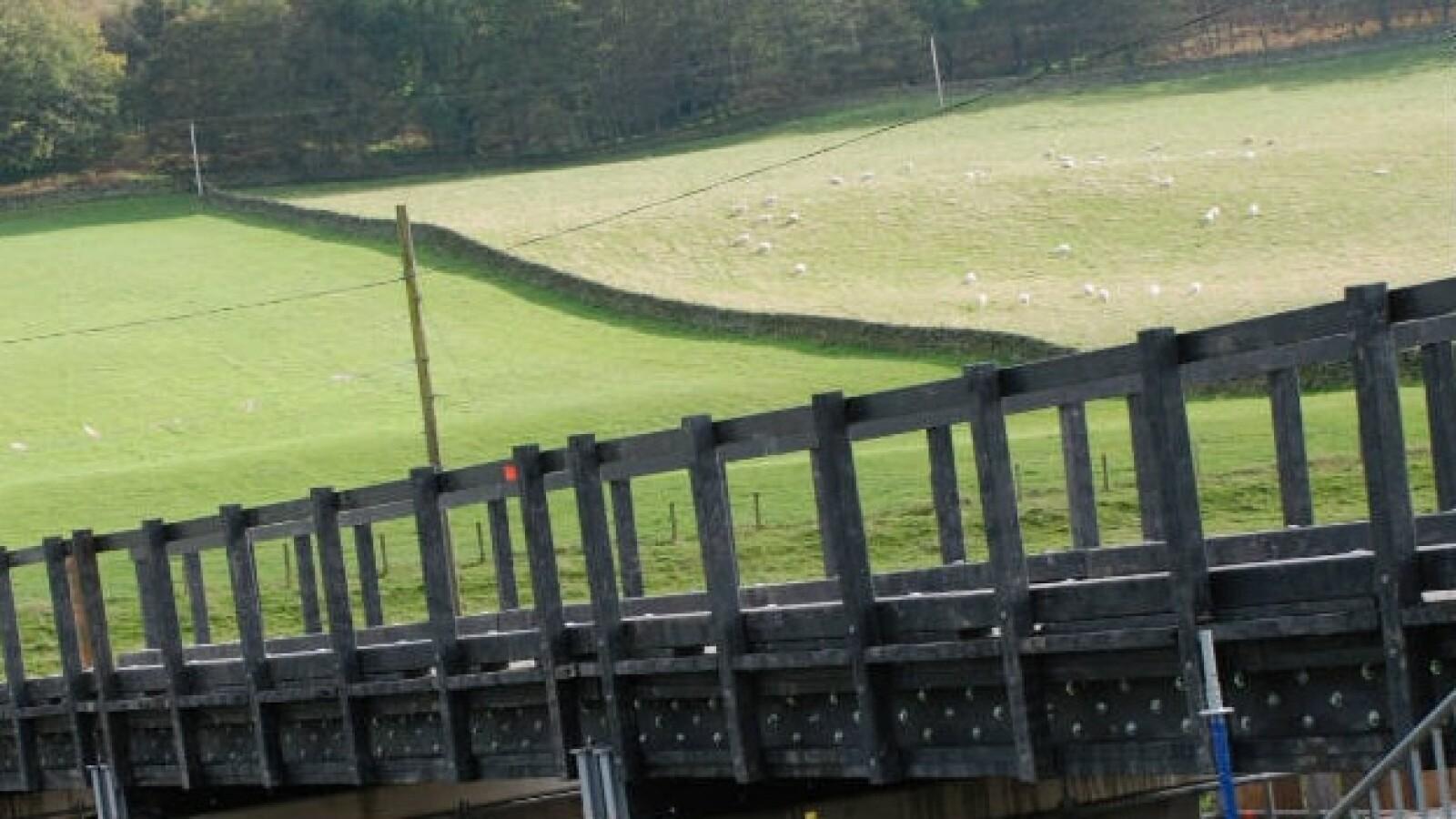 puente plastico reciclado 03