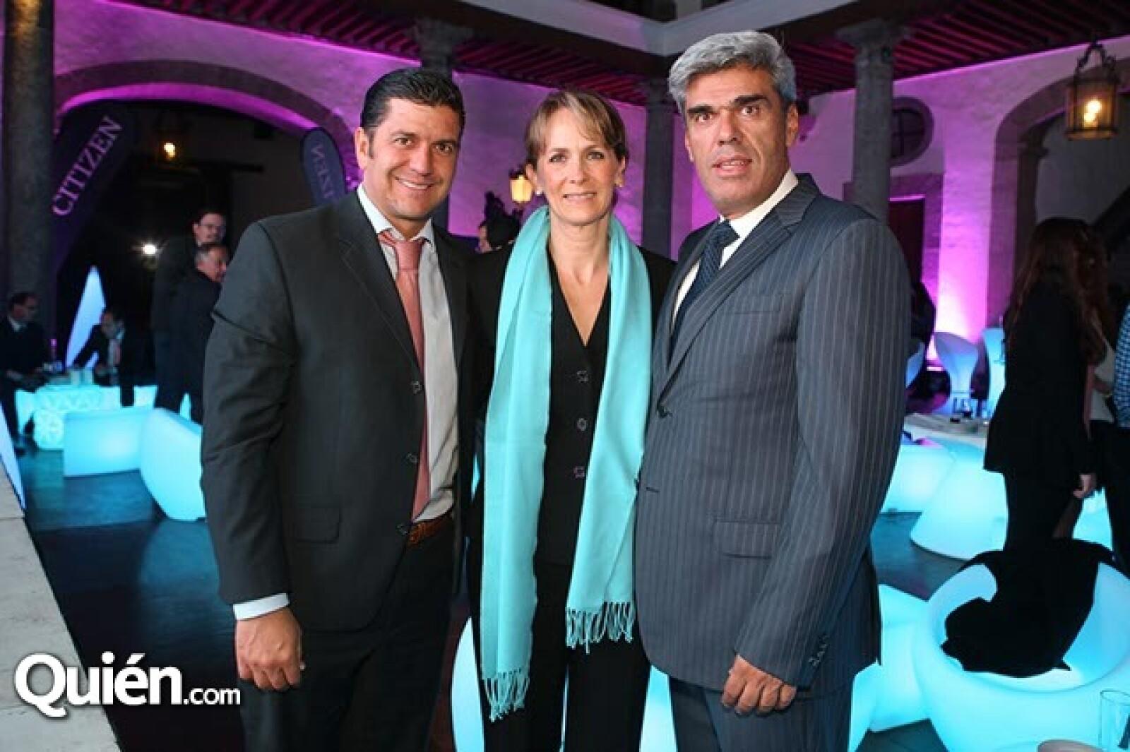 Juan Carlos Martínez, Alexandra Solana y Mauricio González