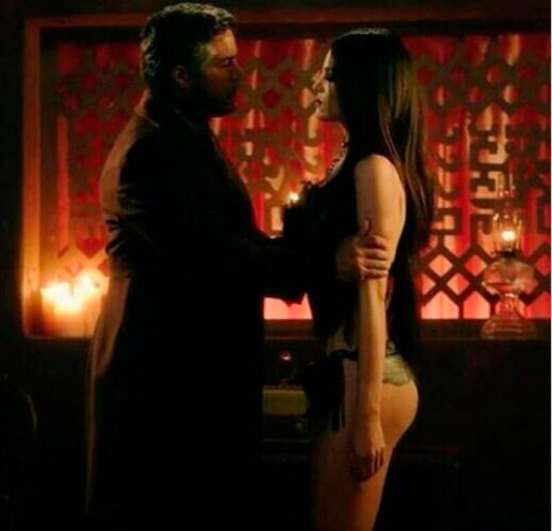 La mexicana encantó con su actuación en la serie de vampiros.