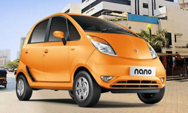 El Nano se ofrece al público en India a un precio de entre 2,888 y 4,029 dólares. (Foto: Tomada de tatamotors.com)