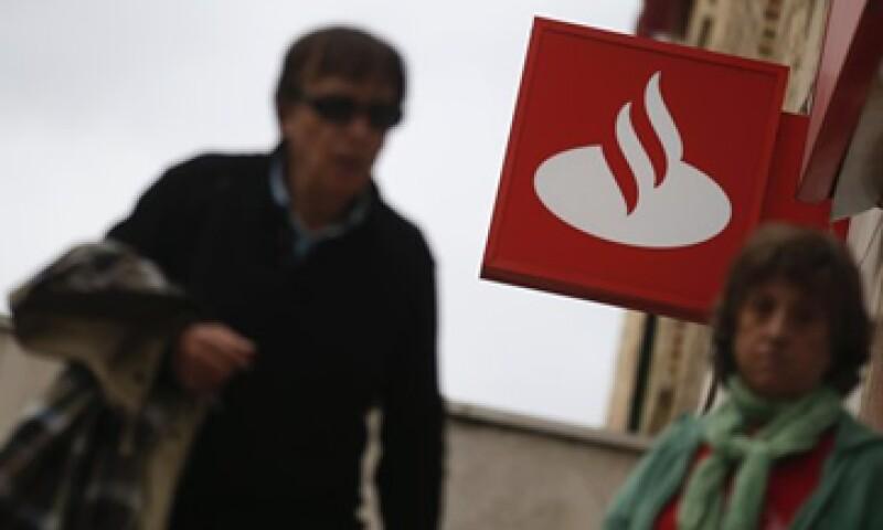Santander busca aprovechar una recuperación del mercado de autos en EU.   (Foto: Archivo)