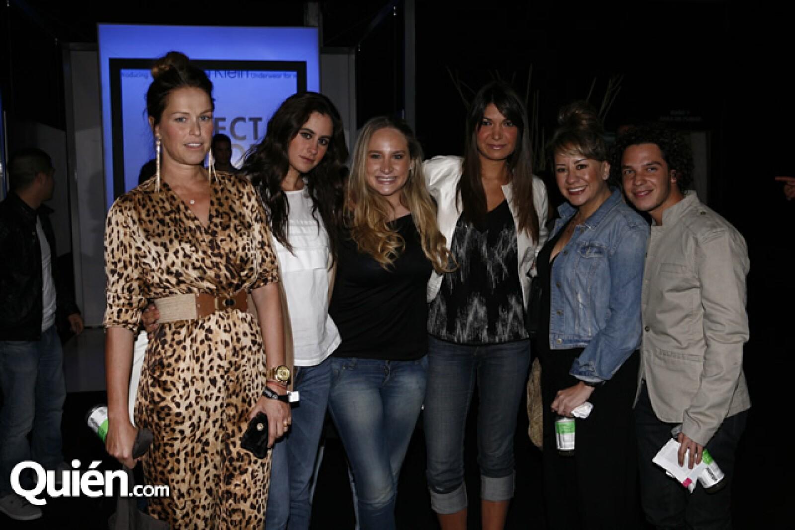 Xuxú, Daniela Blanco, Susy Cueto, Alejandra Riquelme, Kori Fernández y Jorge Salinas