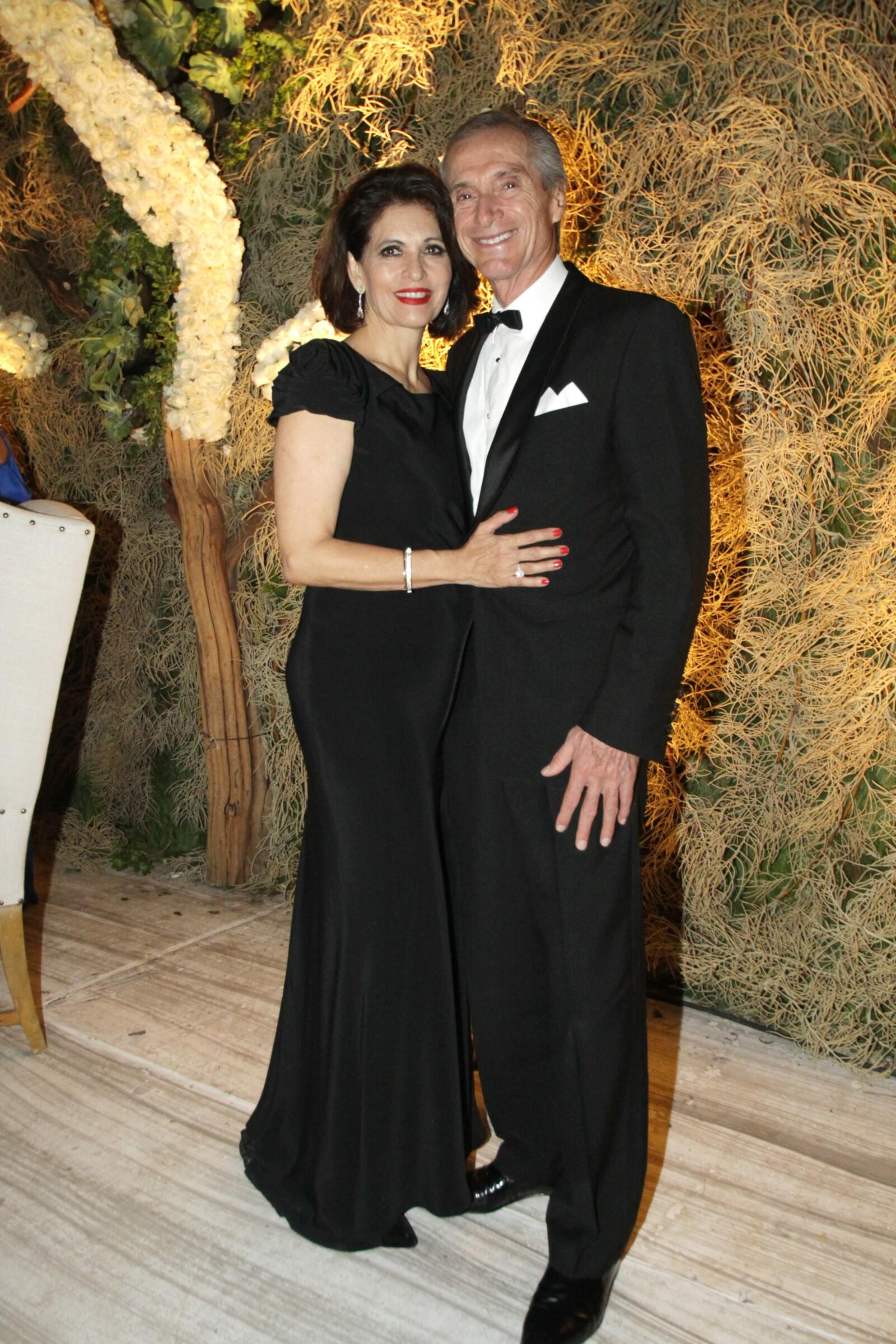 Mónica Leaño y Carlos Robles.JPG