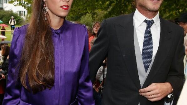 El matrimonio recibió ayer en Londres al nuevo miembro de los Grimaldi, una niña que ha venido a hacerle compañía al pequeño Sacha.