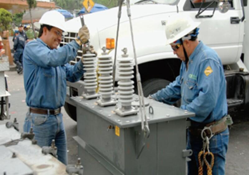 ABB hizo presuntamente pagos por cientos de miles de dólares a funcionarios extranjeros de la Comisión Federal de Electricidad (Archivo).