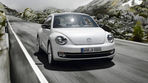 Volkswagen inició oficialmente la producción del nuevo Beetle en su planta de Puebla, el cual llegará a las distribuidoras a finales de julio.