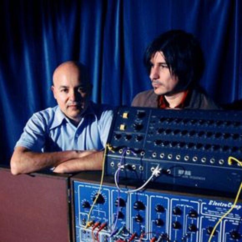 """Los músicos mexicanos fueron reconocidos por una publicación gracias a su disco """"Tijuana sound machine""""."""
