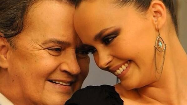 La hija de Rocío Dúrcal recordó en redes sociales una tema que interpretó con padre, Junior, a manera de homenaje después de la muerte de éste.