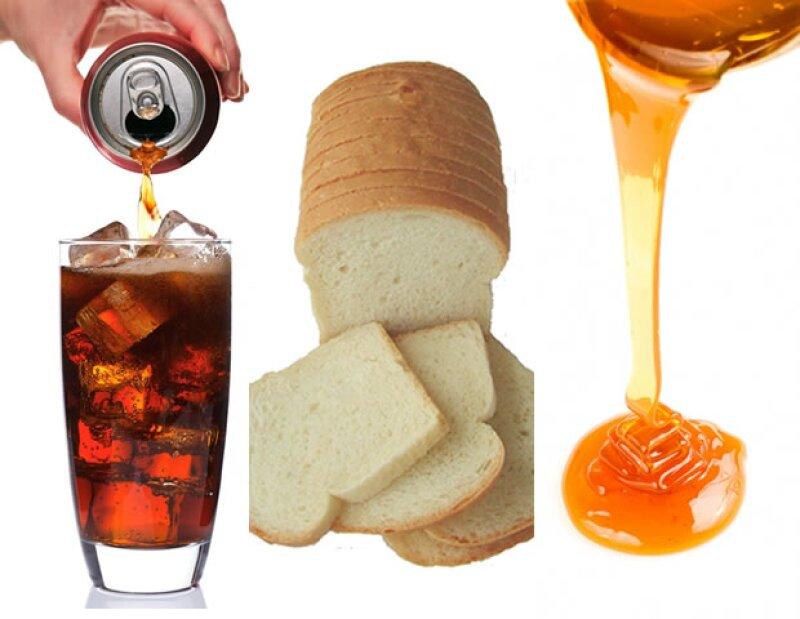 Los refrescos, el pan blanco y el jarabe de maíz de alta fructosa son comidas que debes evitar.