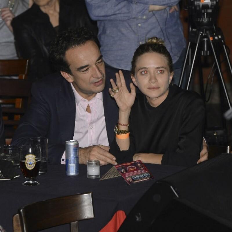 Olivier Sarkozy apoya la carrera fashionista de su joven ¿esposa?.