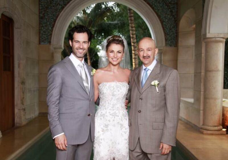 La boda de Ludwika y Emiliano llamó la atención al ser éste hijo del ex mandatario, Carlos Salinas de Gortari.