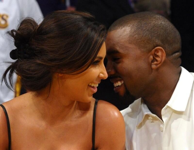 Kim aseguró que a Kanye le gusta verla sin maquillaje, así como arreglada.