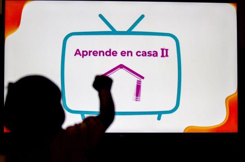Con apoyo de la televisión
