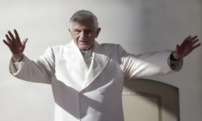 Los detalles sobre los tuits papales se difundirán cuando el Vaticano lance oficialmente la cuenta. (Foto: Reuters)
