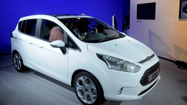 Ford B-MAX mobil congress barcelona app conductor asiento