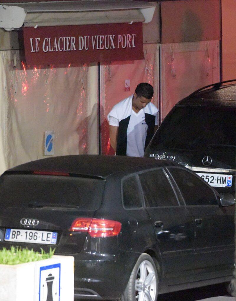 El fubtolista del Real Madrid es detenido en la costa francesa tras ser captado realizando actos impropios en la vía pública a las afueras de un bar.