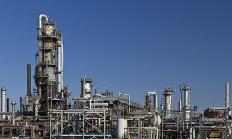 Pemex recibió 6 permisos para operar refinerías. (Foto: Getty Images )