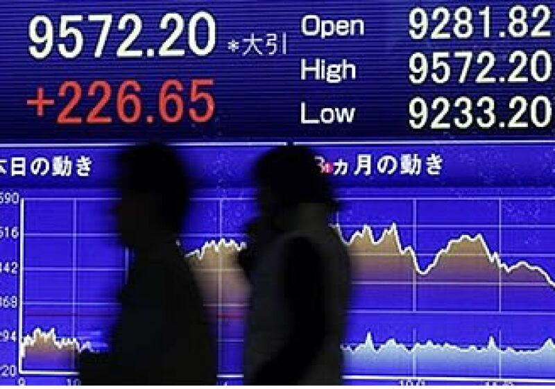 El mercado chino podría ser una de las grandes estrellas para el 2010. (Foto: AP)