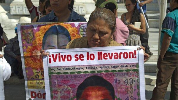 Los padres de los 43 normalistas de Iguala mantienen su demanda
