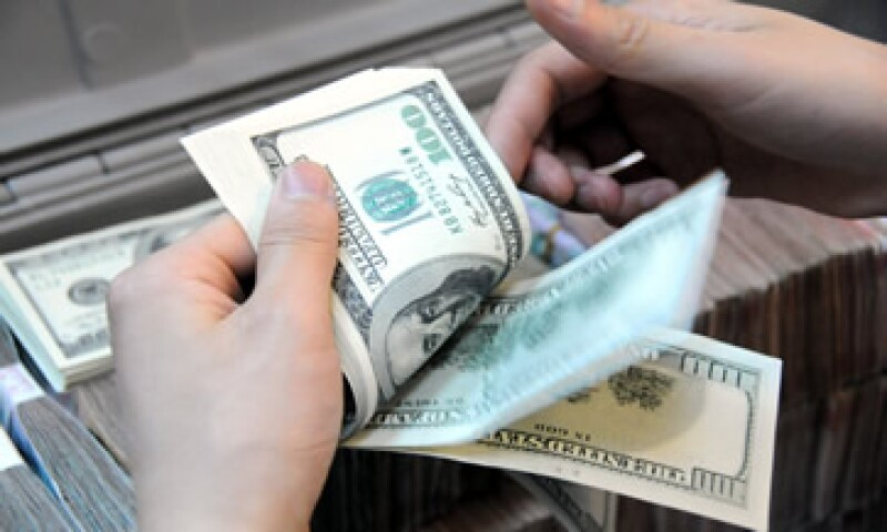 La moneda mexicana registró en noviembre una caída mensual del 3.3% frente al dólar. (Foto: iStock by Getty Images. )