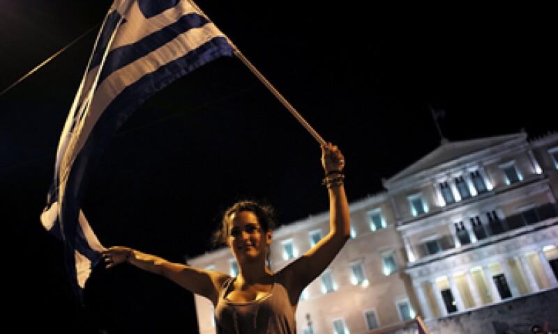 El resultado del referéndum probablemente acelere la salida de Grecia de la eurozona, dice J.P.Morgan.  (Foto: Reuters )
