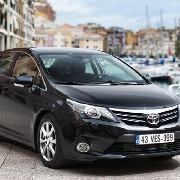 Diseñado para el mercado europeo, este auto tiene un motor de 2.0 litros, amigable con el medio ambiente, pues sólo expide 120 gramos de dióxido de carbono por kilómetro recorrido.