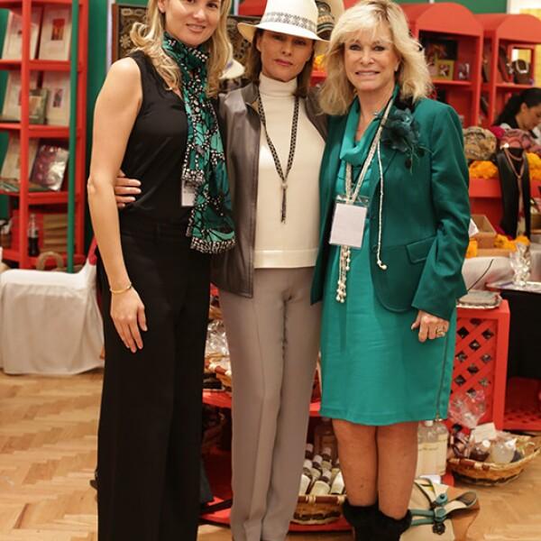 Liliana Teran,Martha Colignon y Stephanie Fastlich