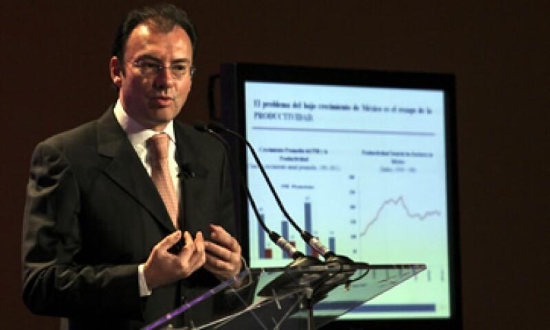 El secretario de Hacienda, Luis Videgaray, dijo que es necesario incrementar la productividad del país para lograr un mayor crecimiento económico. (Foto: Notimex)
