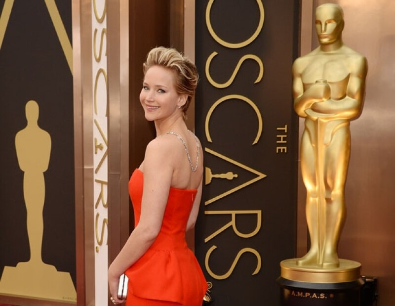 Jennifer Lawrence durante su paso por la red carpet de este año.