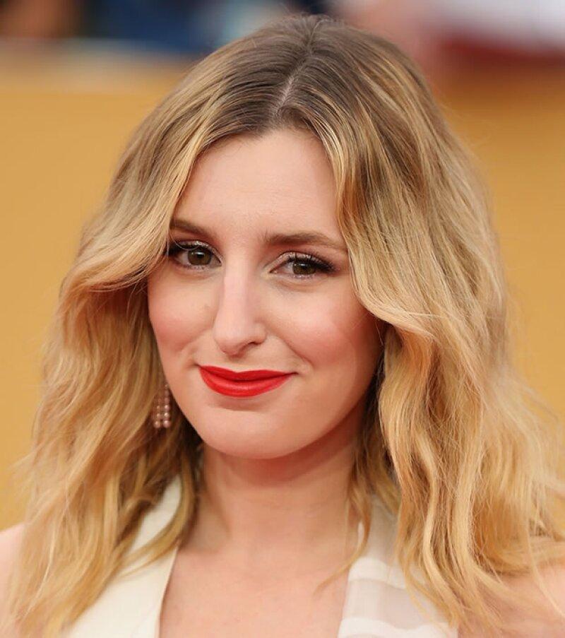 Laura Carmichael optó por un tono mate que contrastaba su color de pelo y su piel.