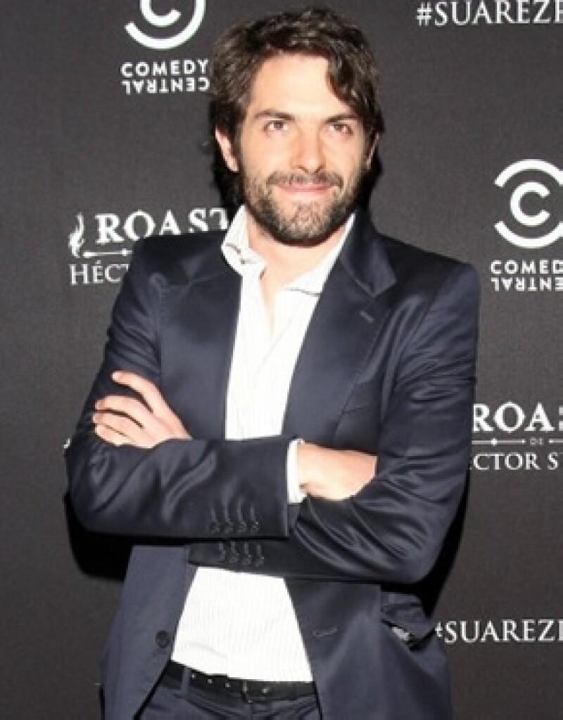 Después de su noviazgo con Ana Claudia Talancón, el actor nuevamente está enamorado y esta vez de Valerie Domínguez.