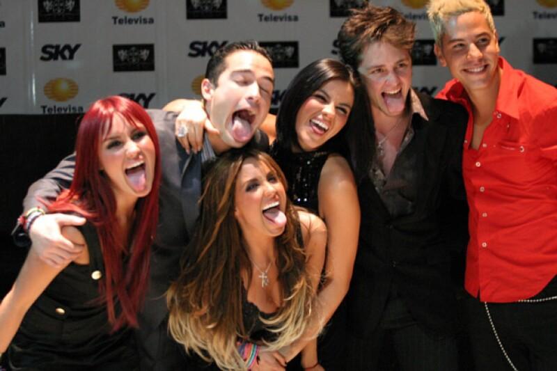 En entrevista para Televisa Espectáculos, el productor confirmó que todos los integrantes del grupo: Anahí, Dulce María, Maite, Christopher, Alfonso y Christian se reunirán después de seis años.